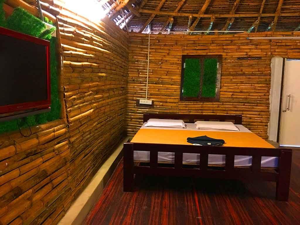 Bamboo Cottage ECR