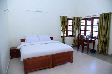 golden crest villa for group stays