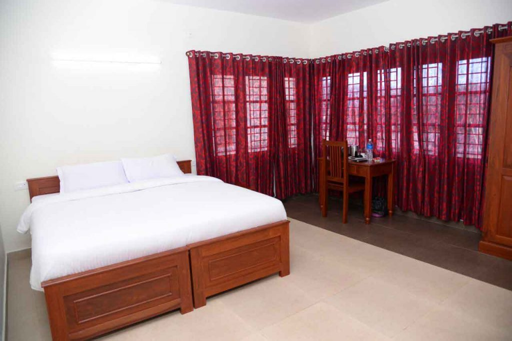 golden crest villa for daily rent