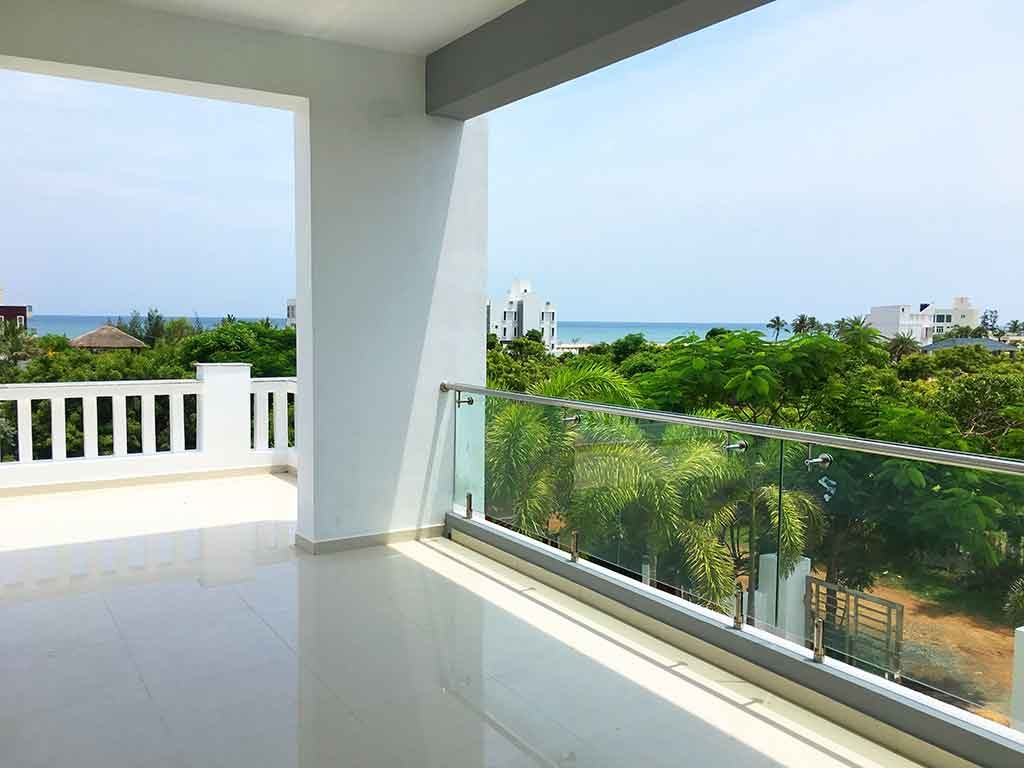 Onshore Beach House in ECR for Daily Rent