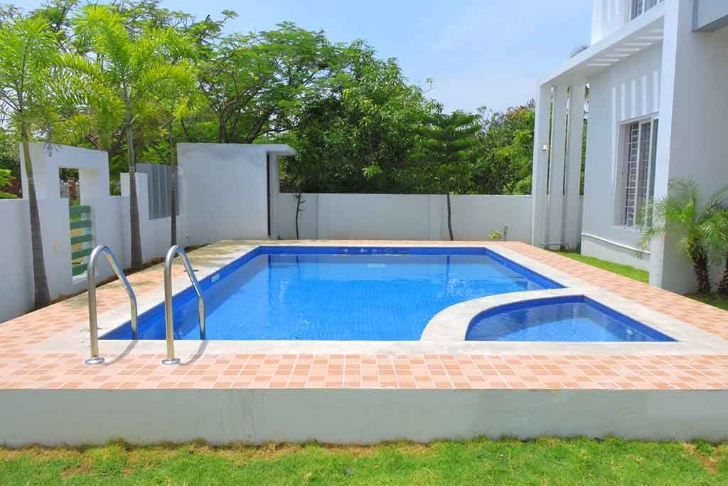 Sea Shore Beach House for Daily Rent in ECR