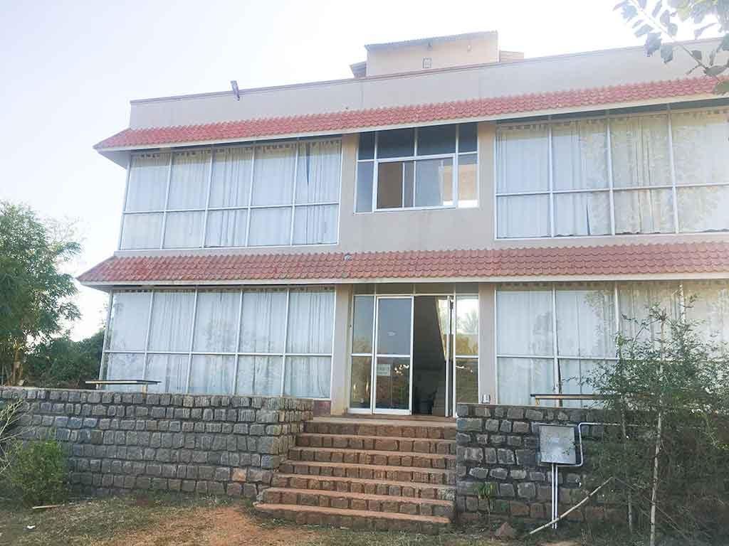 evergreen farm house yelagiri
