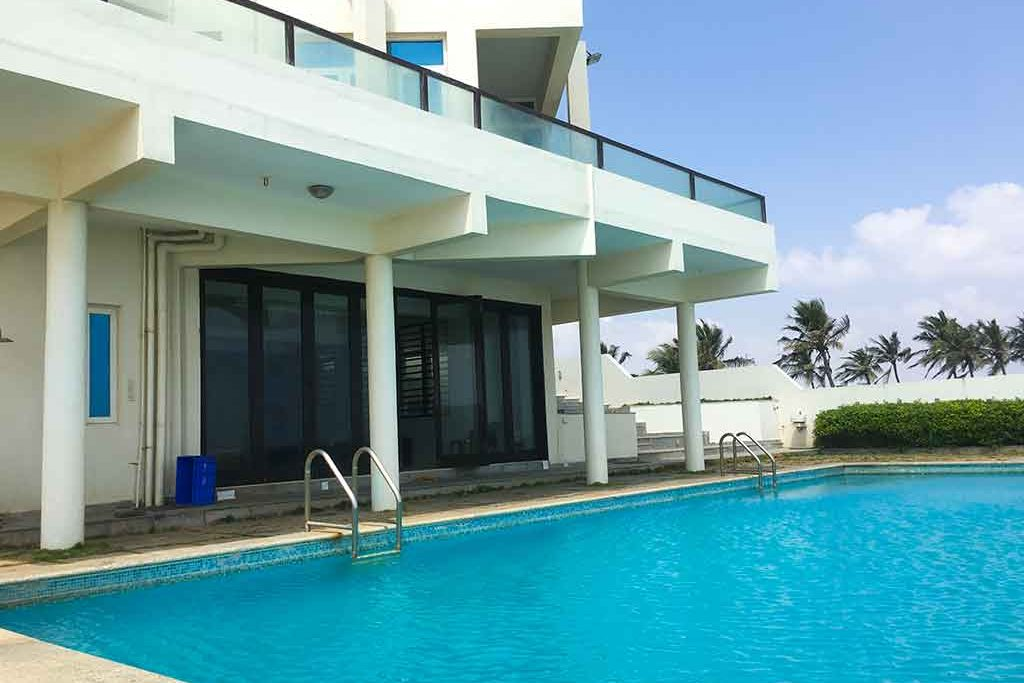 beach-house-in-ecr-for-rent