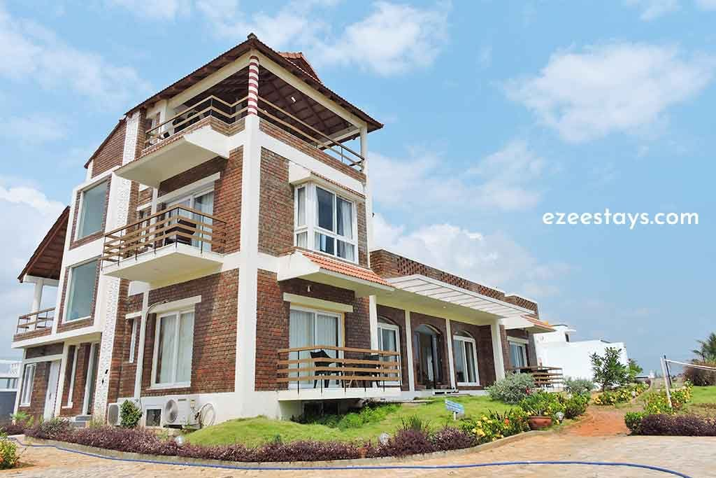 individual beach house for rent in ecr